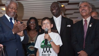 02_Felix_meets_Kofi_Annan_and_Anote_Tong