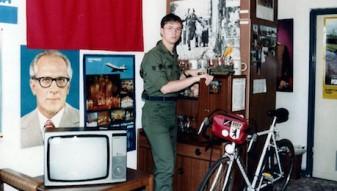NSA-Mitarbeiter Jeffrey Carney in seiner West-Berliner Unterkunft in Tempelhof